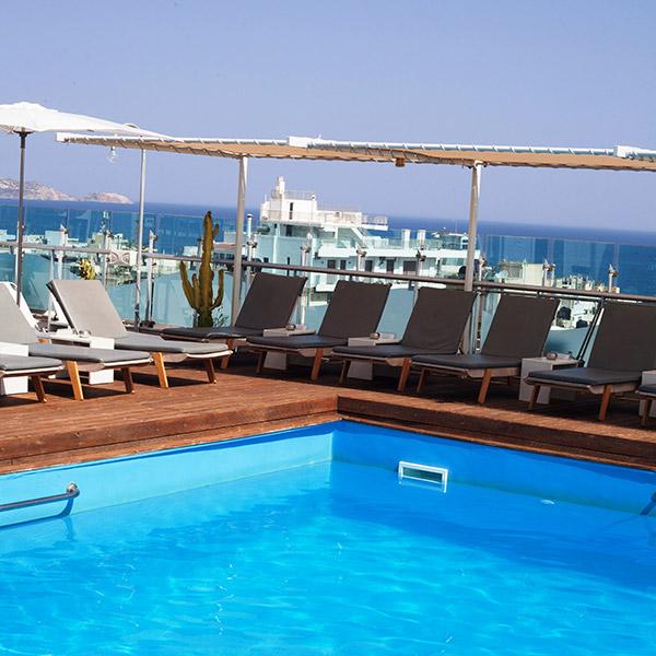 Hotel capsis astoria pool corner
